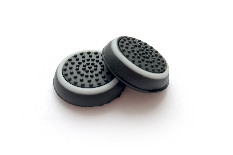 Накладки на стики DualSense белый с черным [PS5NSWB]