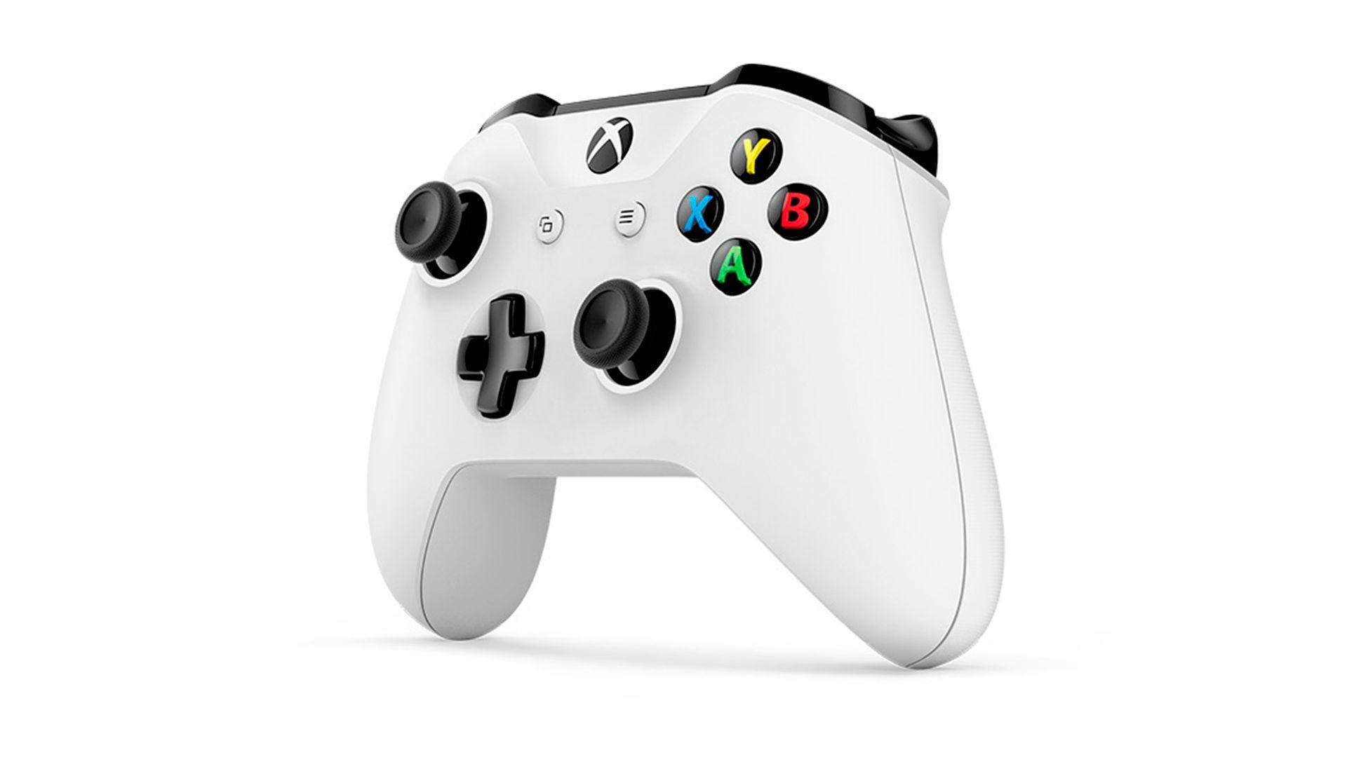 Xbox One S 1Tb 2 джойстика и FIFA 17 изображение 1